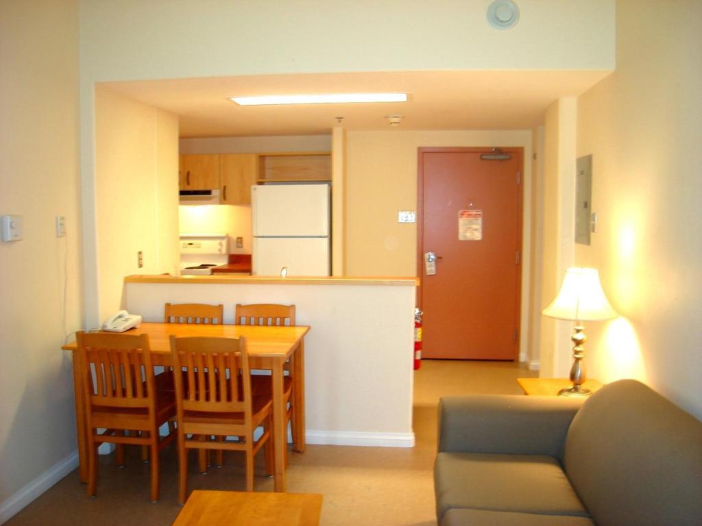 Hostel Mt St Vincent University Halifax Canada