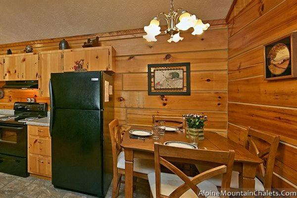 Holiday home Bear Hugs Cabin, Pigeon Forge, USA - Booking com