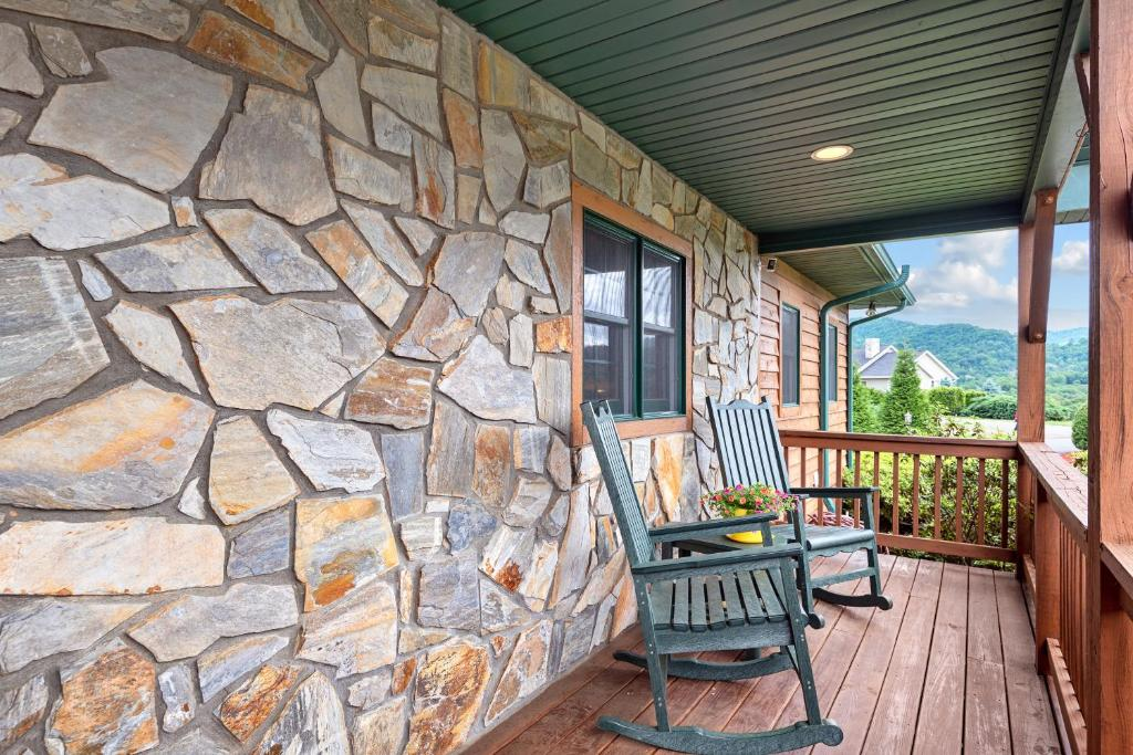 Vacation Home Everview Vacation Rental Waynesville Nc