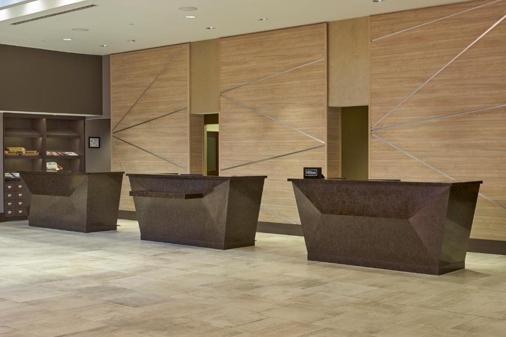 Hotel Hilton North RaleighMidtown NC Bookingcom - Discount tile raleigh nc