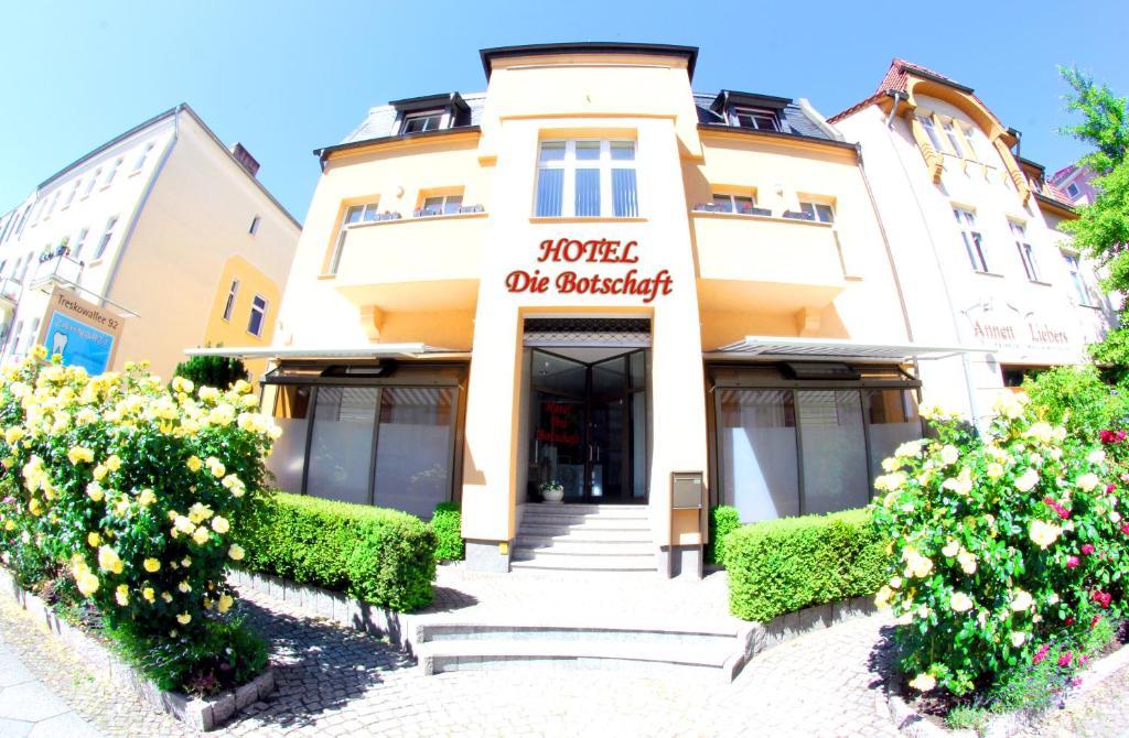 Kleiner Kühlschrank Gebraucht Berlin : Hotel die botschaft deutschland berlin booking