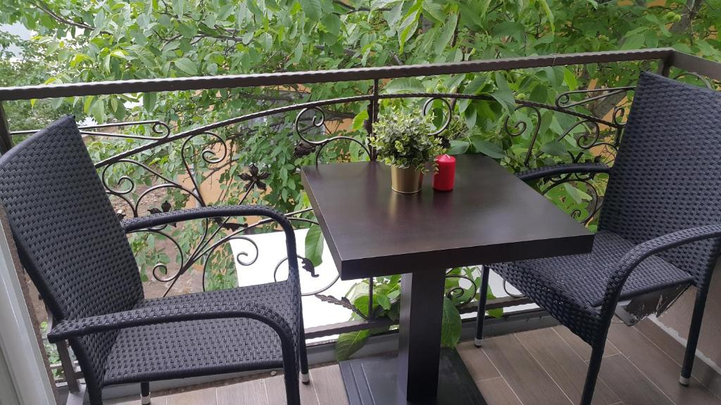 A balcony or terrace at Emma Apartments