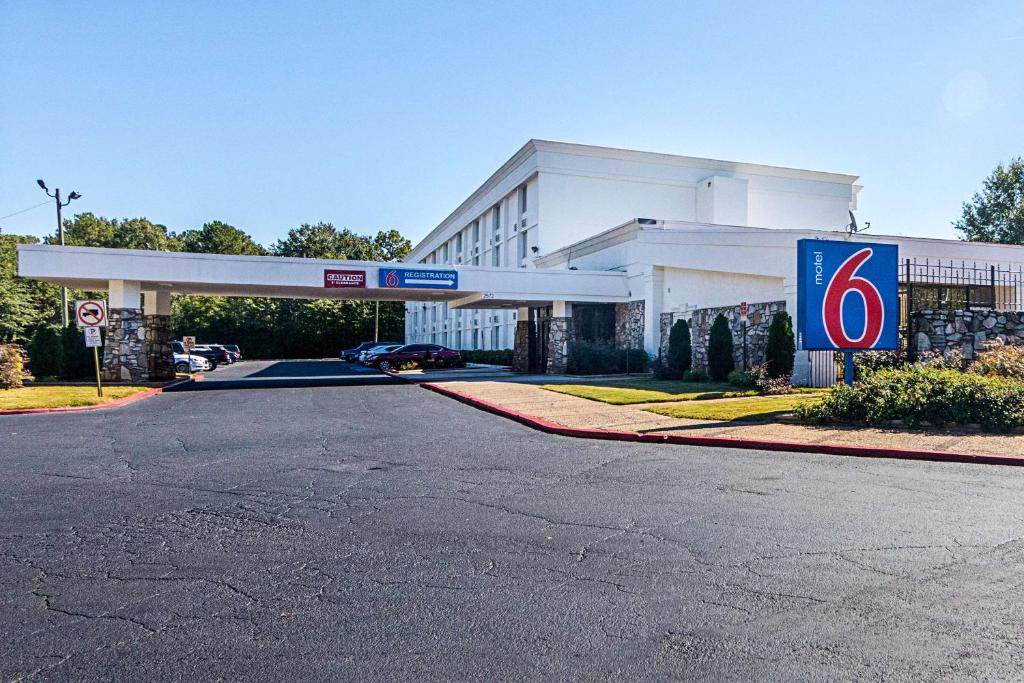Motel 6 Decatur Ga Reserve Now Gallery Image Of This Property