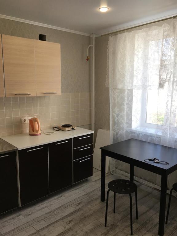 Кухня или мини-кухня в Однокомнатная квартира