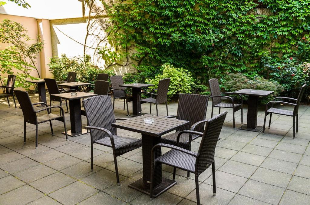 hotel dalimil prague czech republic booking com rh booking com