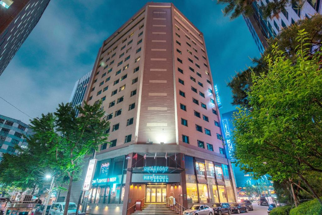 new seoul hotel myeongdong south korea booking com rh booking com
