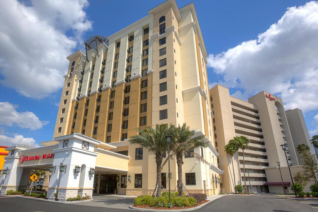 Suites International Drive Orlando Reserve now  Gallery image of this  property  Gallery image of this property. Hotel Ramada Nearby Universal Studios  Orlando  FL   Booking com