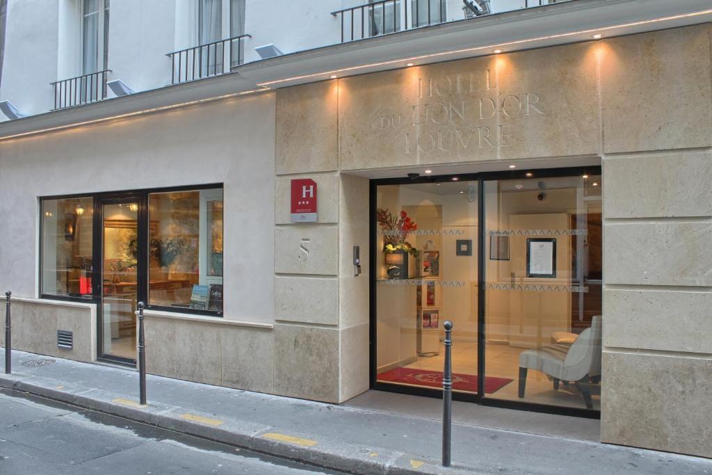 R U00e9sidence Lion Dor Louvre  France Paris