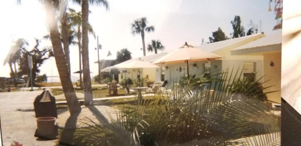 Tropical Bay Inn Suites Port Charlotte Fl Bookingcom