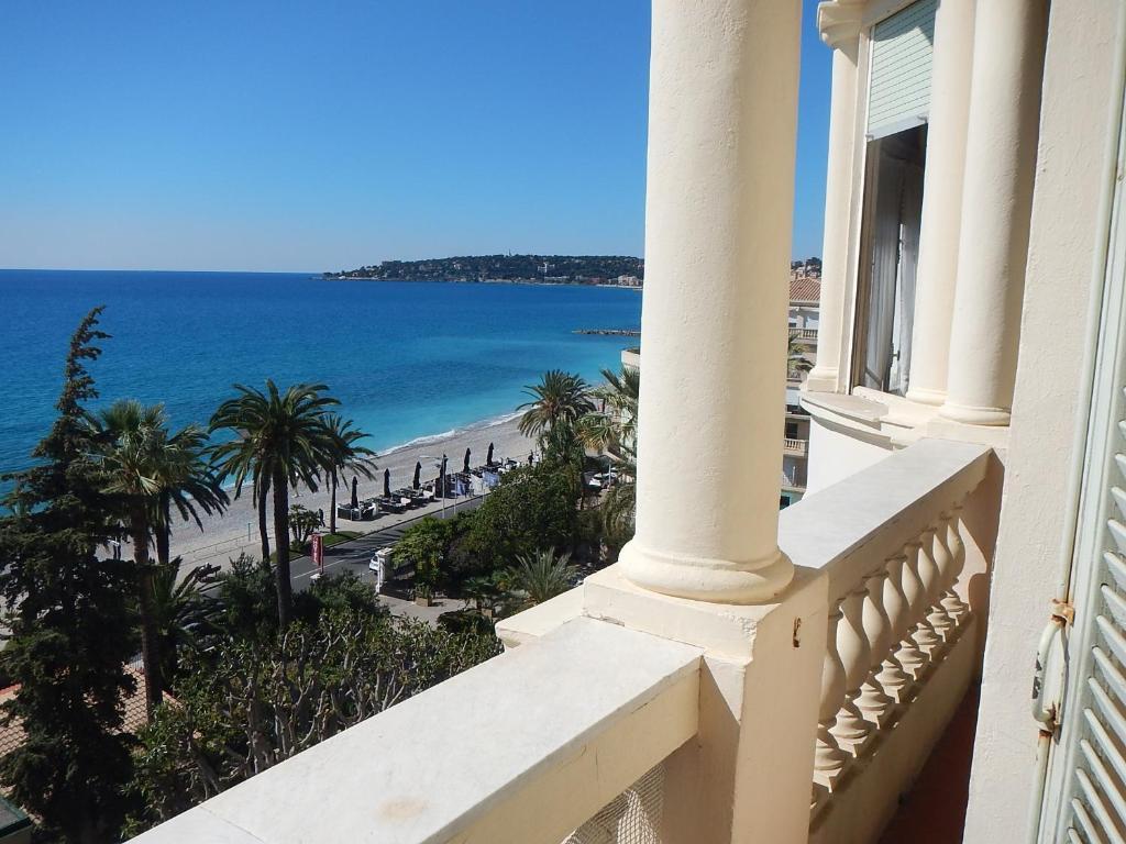 apartment le regina, menton, france - booking