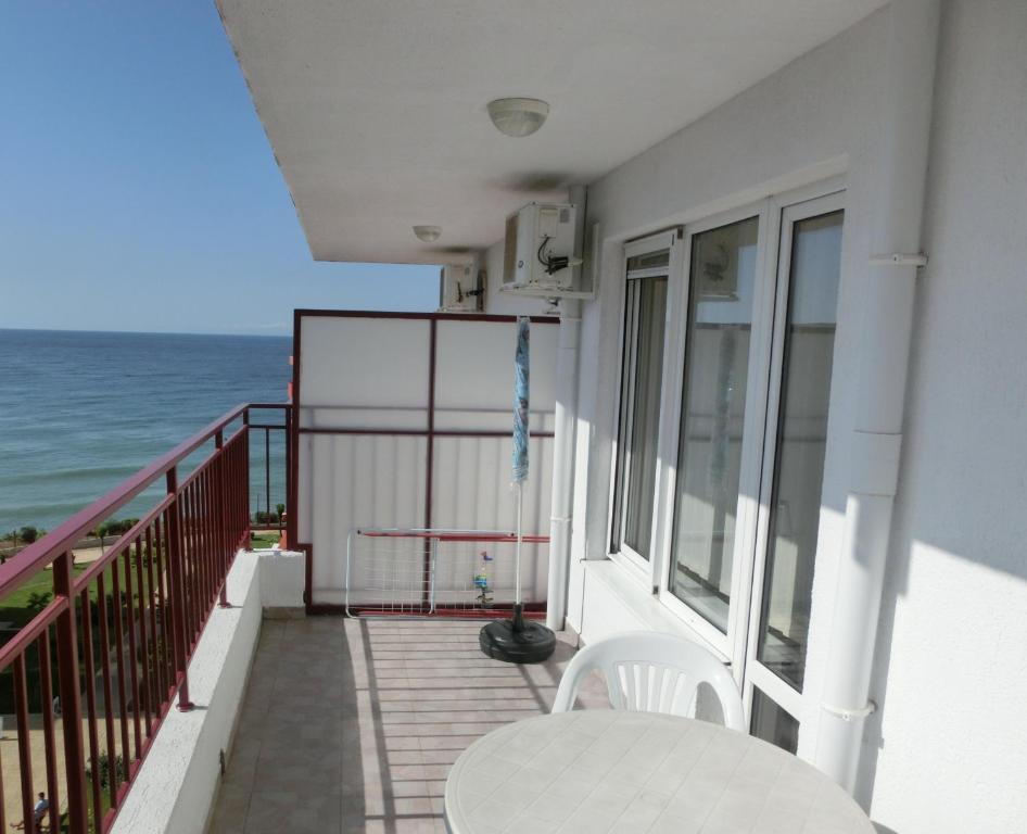Апартамент Panorama Fort Beach, Sea View, 1 Bedroom, Sveti Vlas - Свети Влас