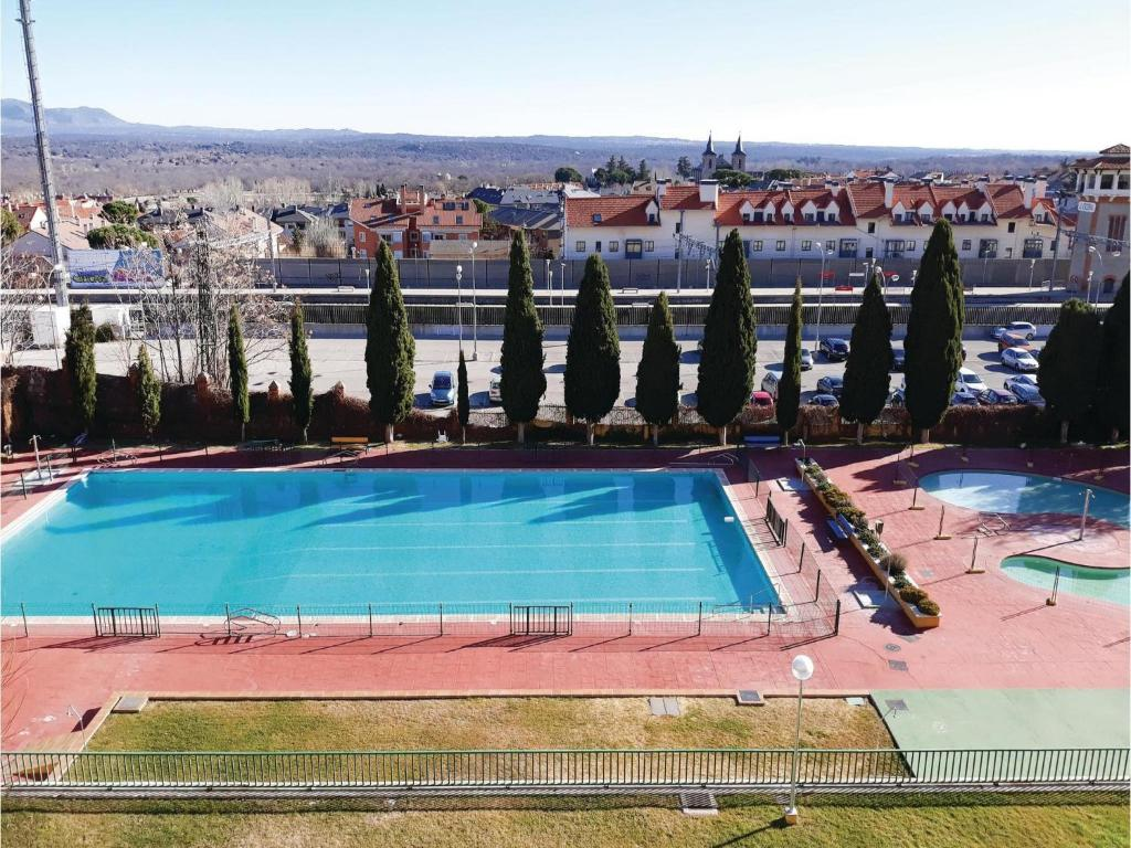 Apartments In Colmenar Del Arroyo Community Of Madrid