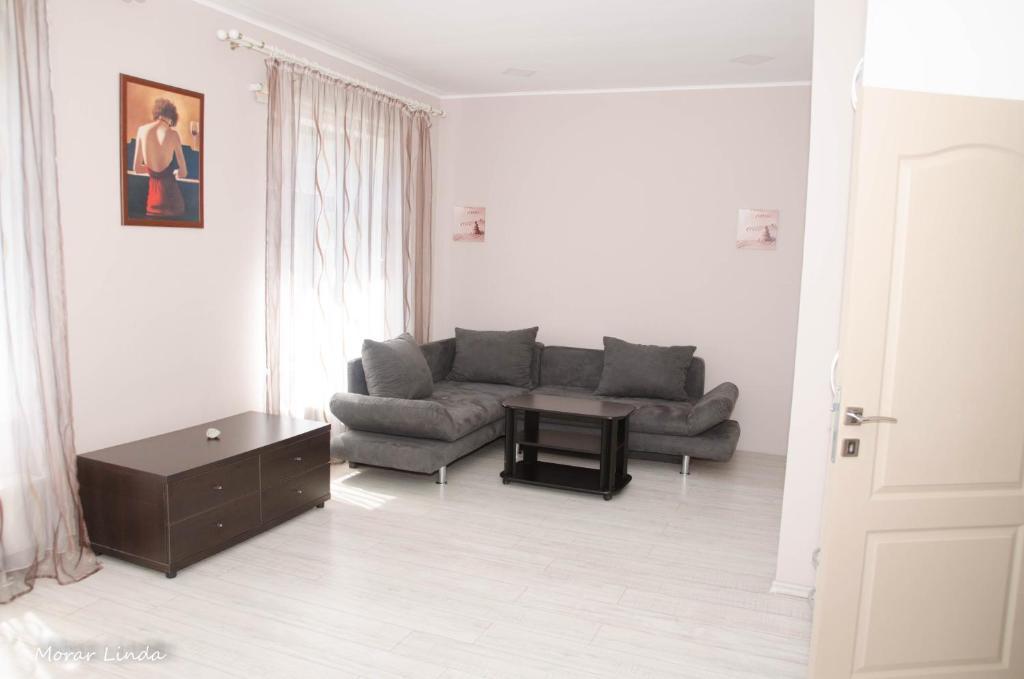 Andrei Muresanu Apartment (Romania Cluj-Napoca) - Booking.com