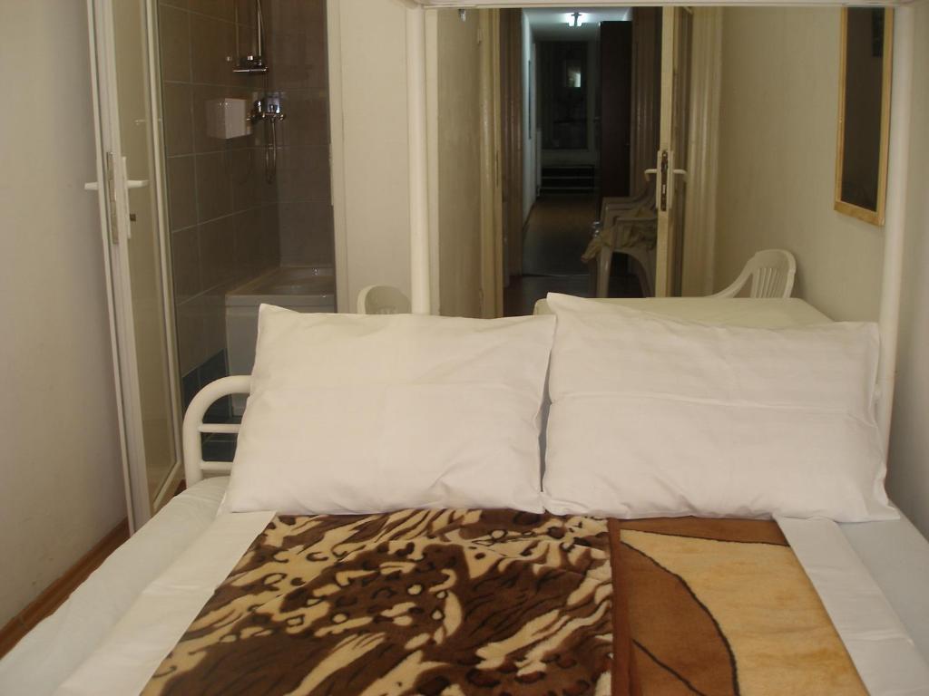 Kretan Hostel