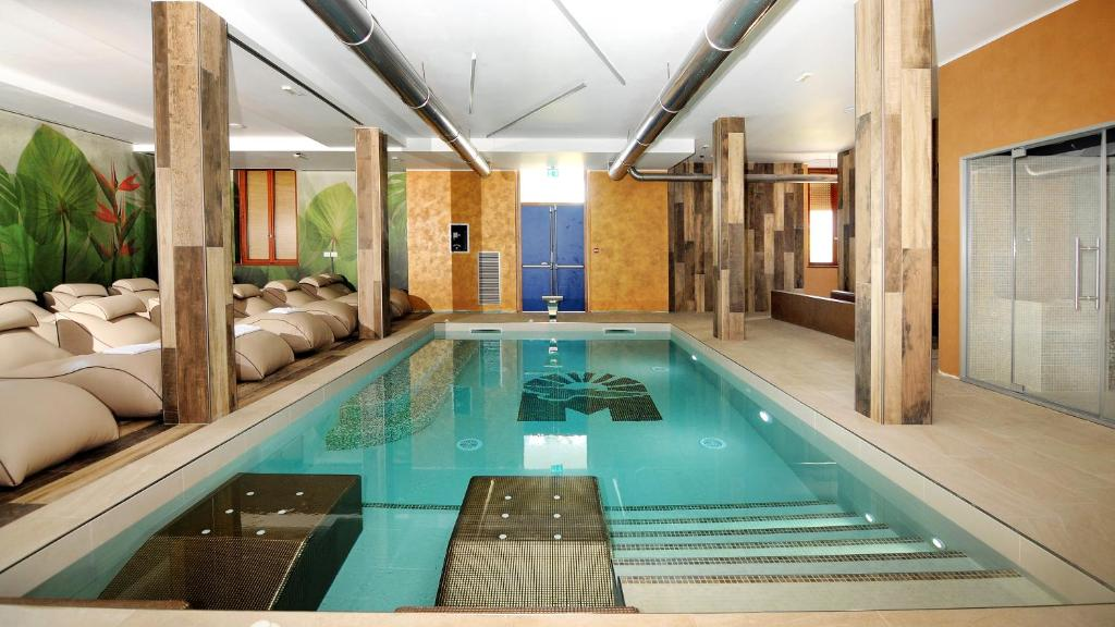 Vasca Da Bagno Apertura Laterale Prezzi : Marina palace hotel caorle u2013 prezzi aggiornati per il 2019