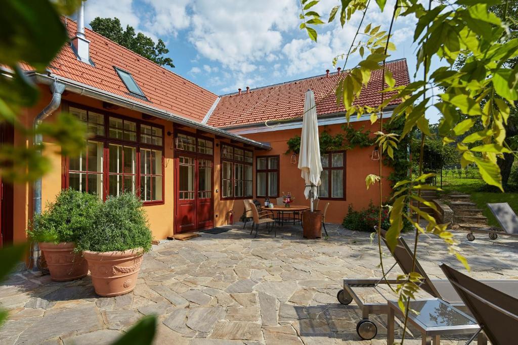 Villa Tranquillini Schwarzau Am Steinfelde Updated 2019 Prices