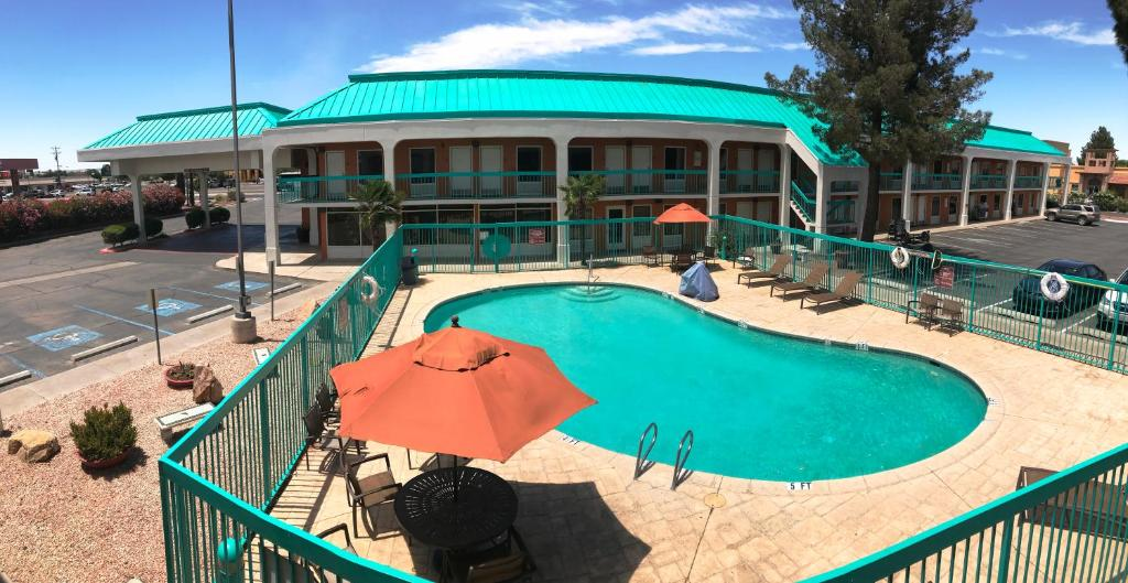 Days Inn By Wyndham Las Cruces Nm Booking Com