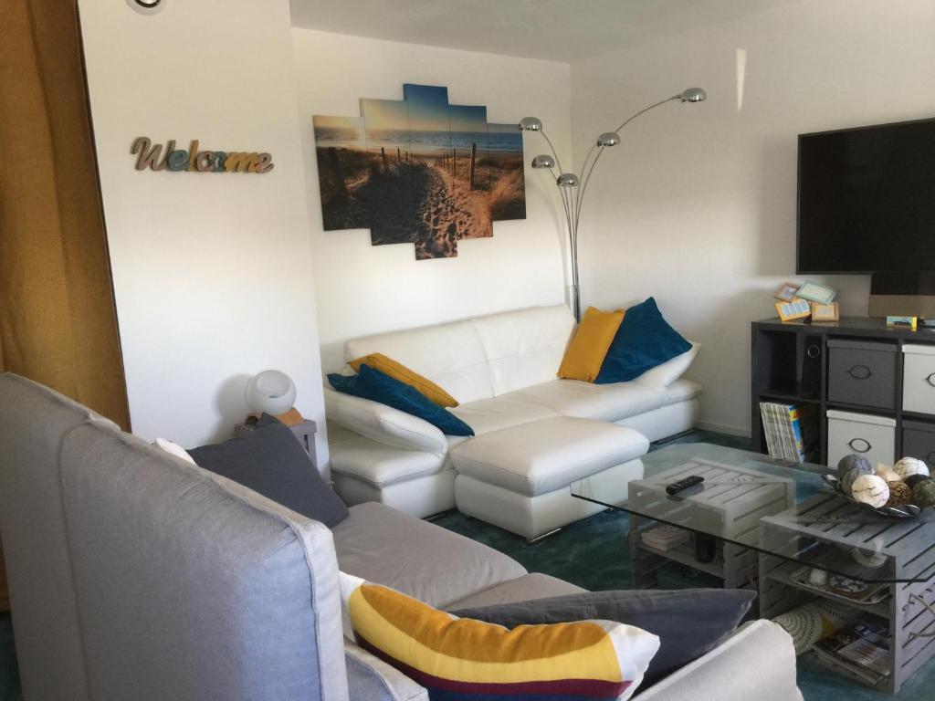 Apartments In Saint-christophe Poitou-charentes