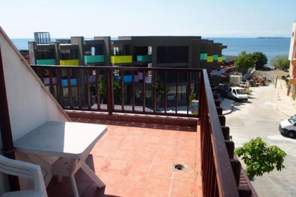 Апартамент Private apartments - Бургас