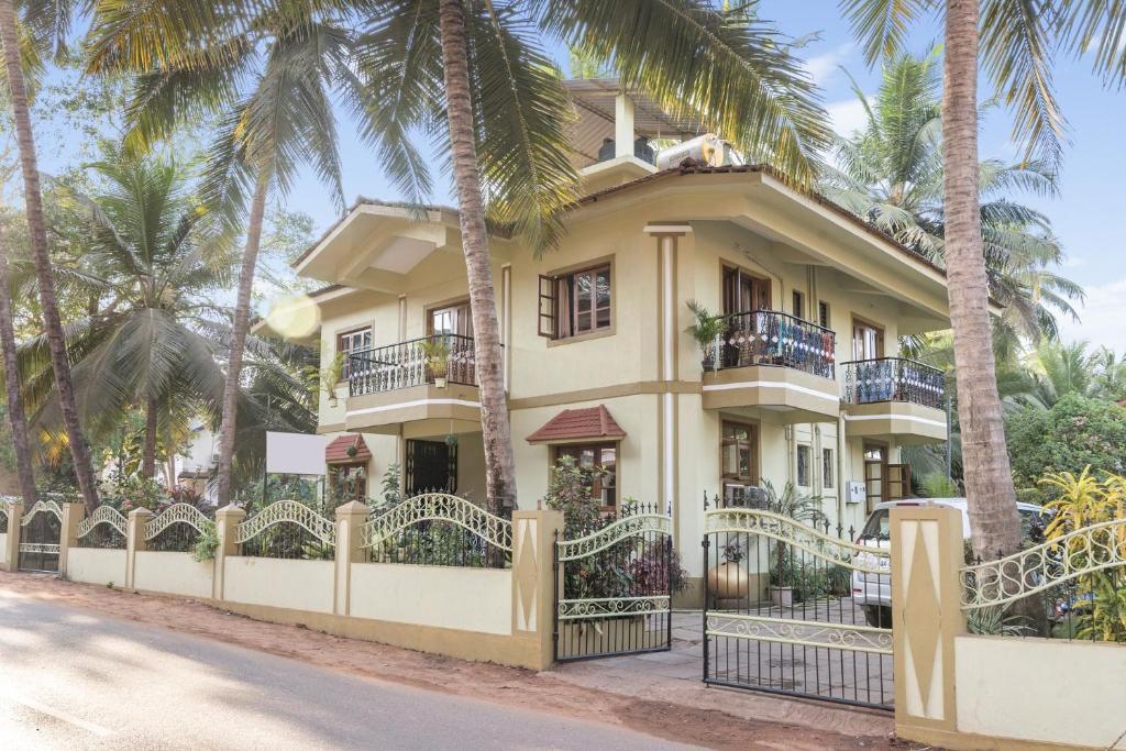 Guesthouse Near Calangute Beach Goa By Guesthouser 61814 India