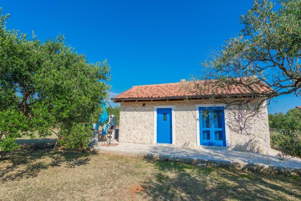 Ferienhof Tiny House Kroatien Sukosan Booking Com