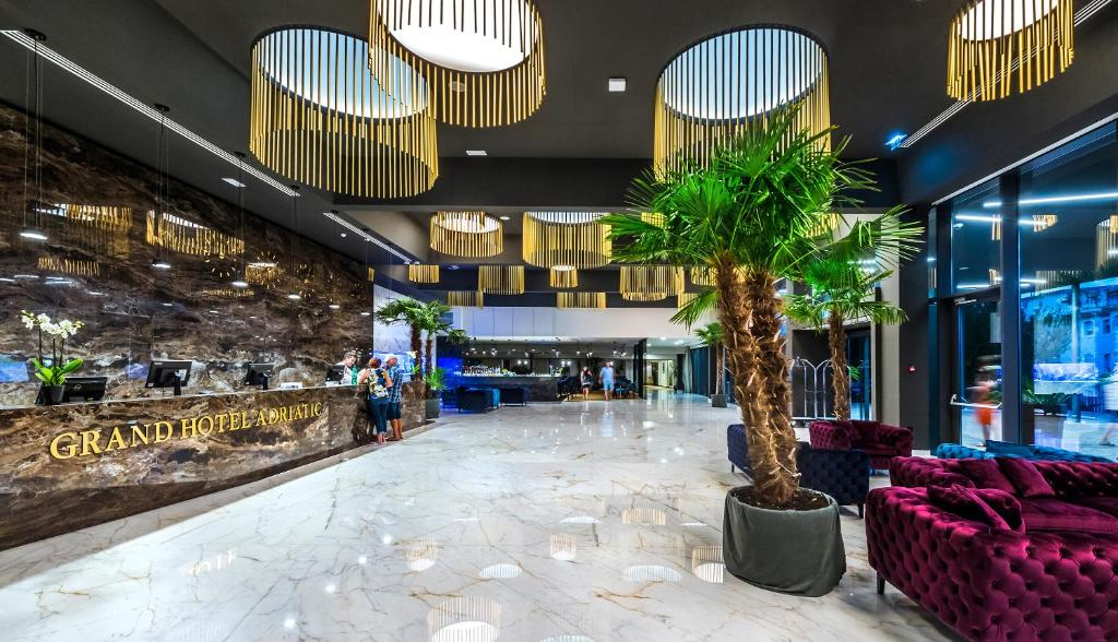 The lobby or reception area at Grand Hotel Adriatic
