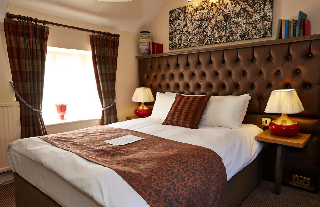 Cross Hands Hotel