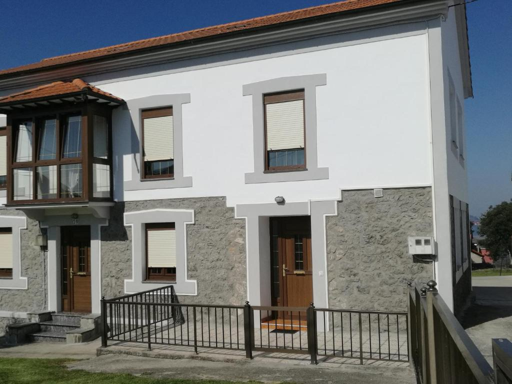 Vacation Home Casa Raquel, Pedreña, Spain - Booking.com