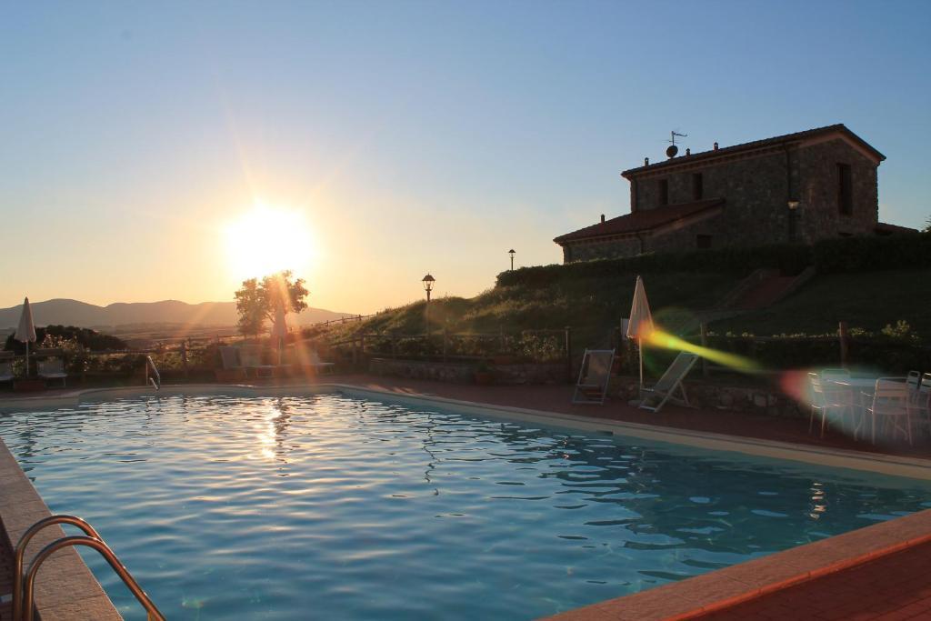 The swimming pool at or near Il Poggio Della Pieve Apartments