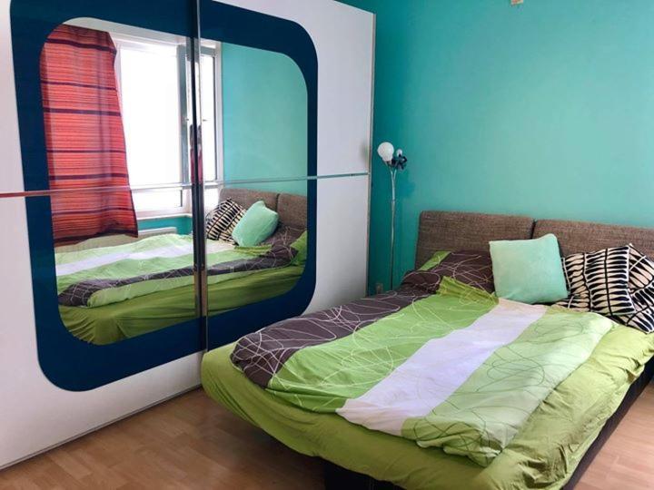 9a77b42f4 Big room in a 120sqm apartment near ULB/Flagey/VUB (Belgicko Brusel ...