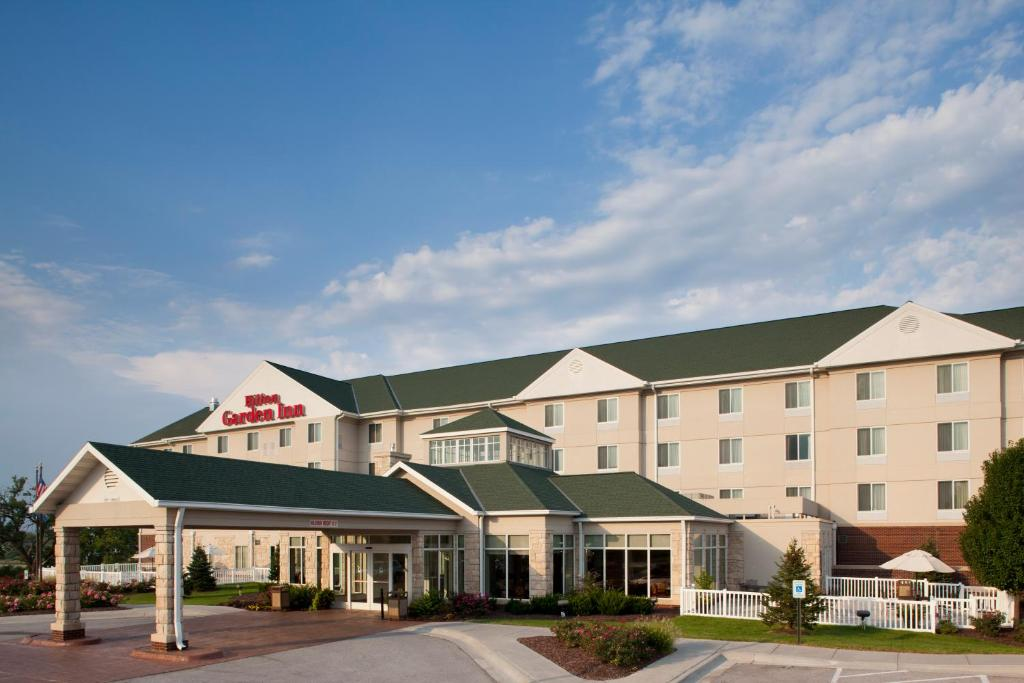 Hilton Garden Inn Omaha West Usa Deals