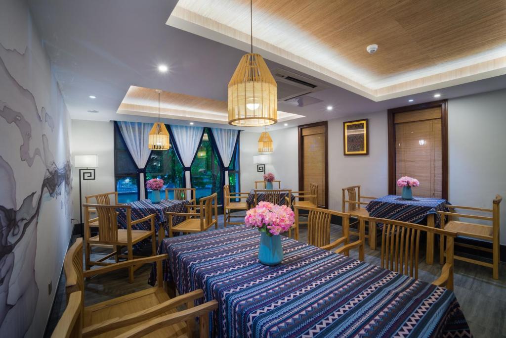 guilin riverside hostel china booking com rh booking com