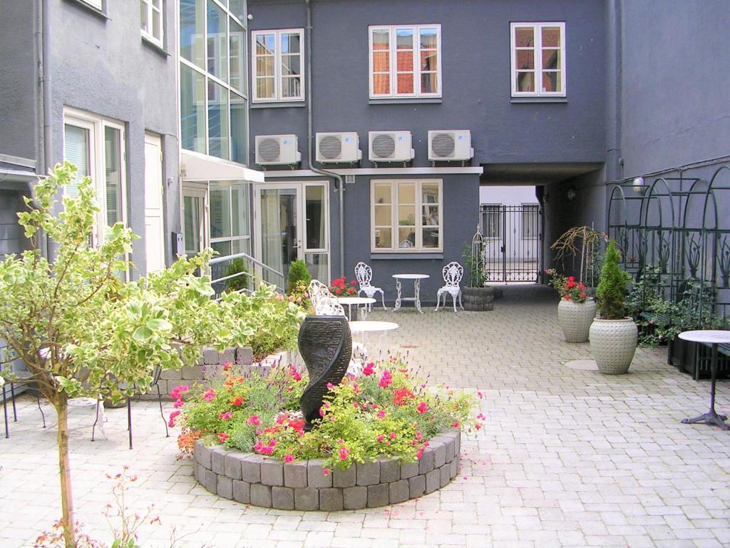 hotel aarhus city apartments aarhus
