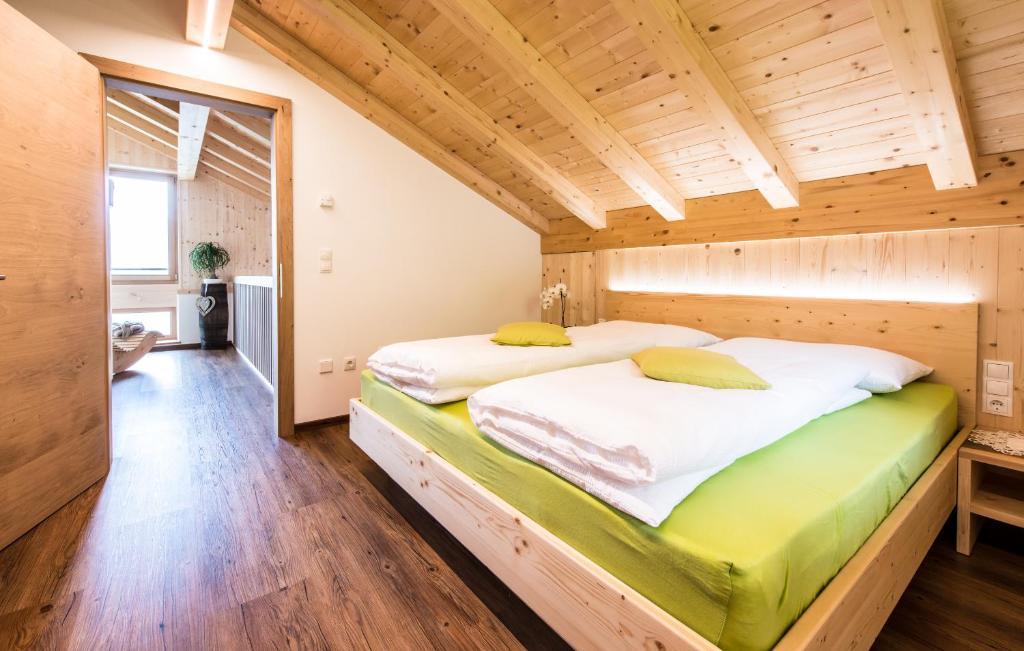 ferienwohnung tallnerhof (italien schenna) - booking