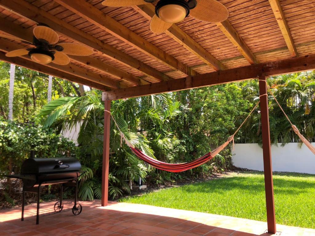 Hostel The 714, Miami, FL - Booking.com