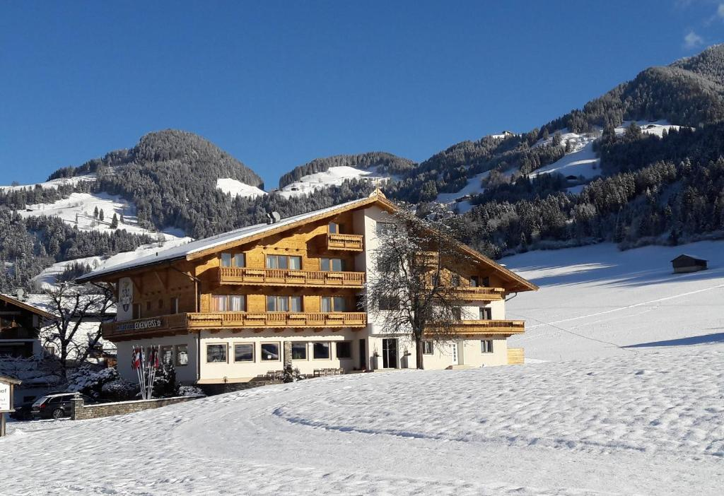 Club Hotel Edelweiss during the winter