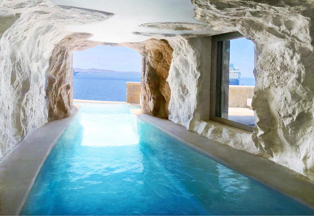 Best things to do in Mykonos - Cavo Tagoo swimming pool in Mykonos island