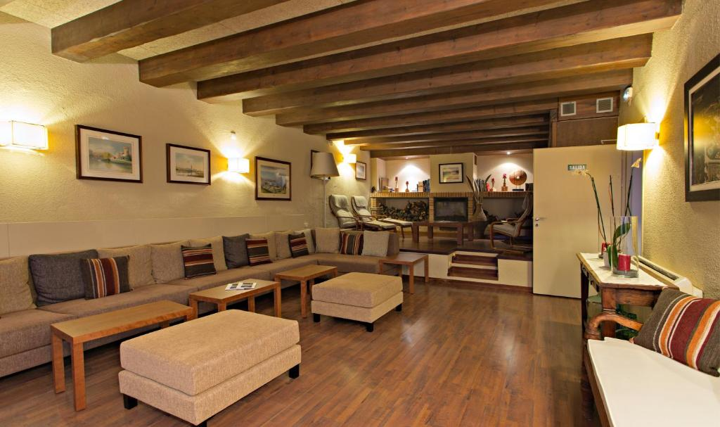 boutique hotels in girona  171