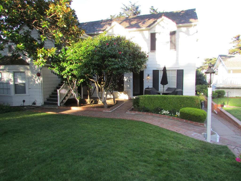 inn the colonial terrace carmel ca booking com
