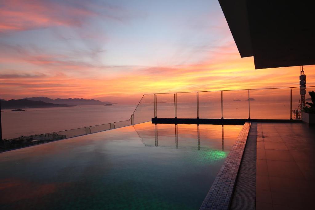 The swimming pool at or close to Nagar Hotel Nha Trang