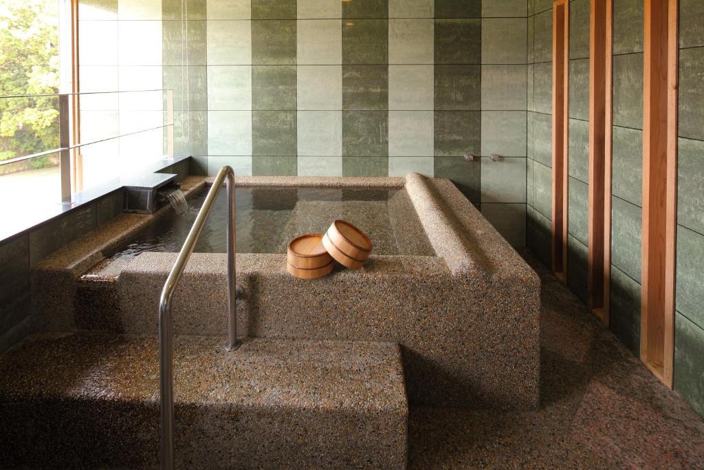 ポイント1.恋人と楽しめる!4つの貸切風呂
