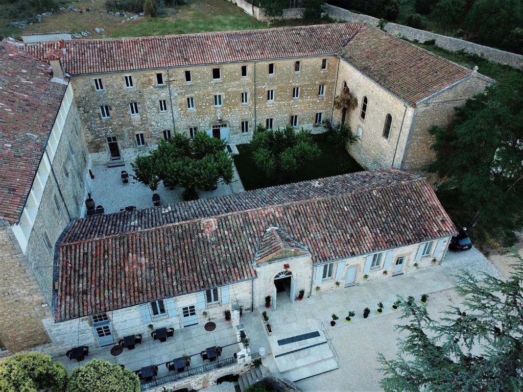 Vue panoramique sur l'établissement L'hôtel du Couvent