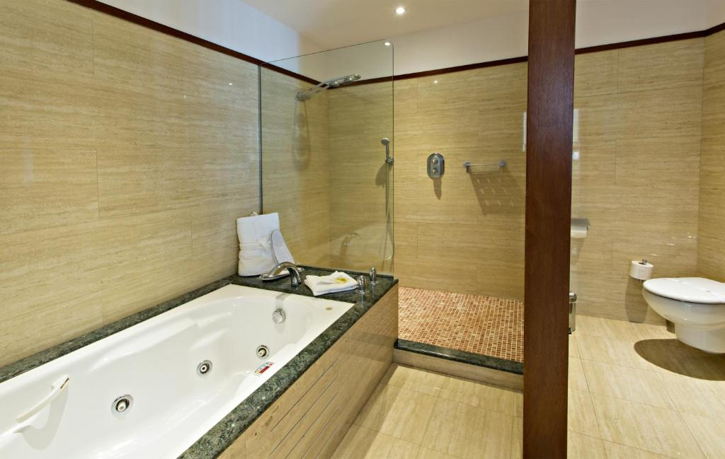 boutique hotels in girona  41