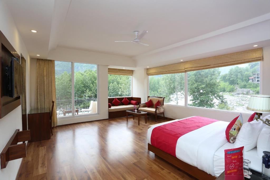 Allure Grand Resort