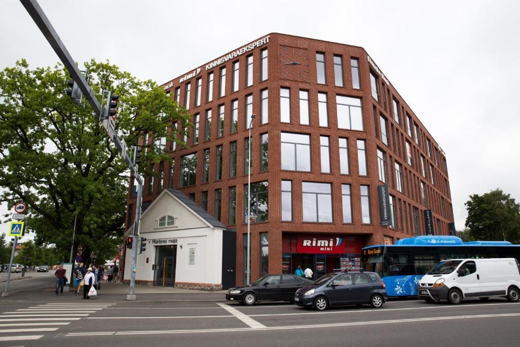 a49933a3f89 Hoone, kus apartement asub · Istumisnurk majutusasutuses Pärnu Martensi  Apartment