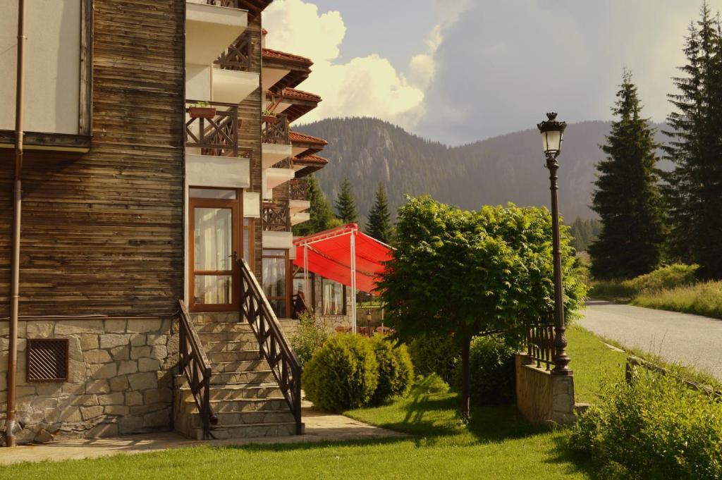 Апартамент Northstar Ski in Mountain Lake Hotel - Пампорово