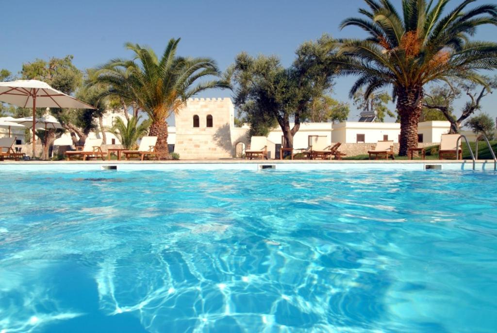 The swimming pool at or near Resort Villa Hermosa
