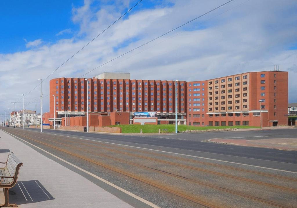 Grand hotel blackpool blackpool updated 2019 prices - Blackpool hotels with swimming pool ...