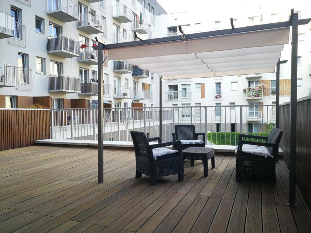 Chłodny Apartament nad Odrą z tarasem, Wrocław – aktualne ceny na rok 2019 VD31