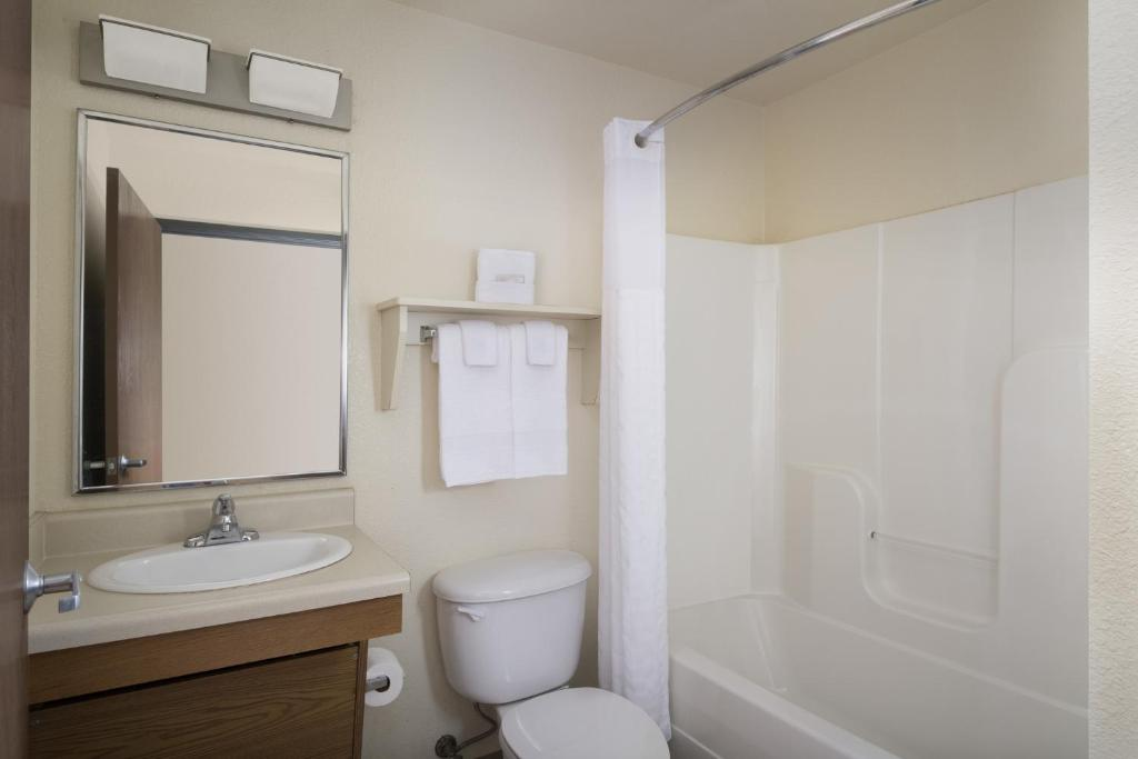 Hotel woodspring suites lexington ky booking gallery image of this property solutioingenieria Image collections